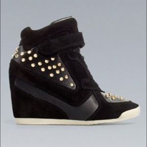 71ef6a558b7 Zara Shoes - ZARA Black Gold Studded Sneaker Wedges 9